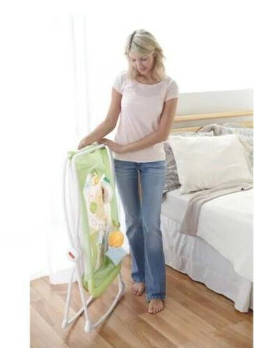 Fisher-Price Play Portable Bassinet - NEW IN