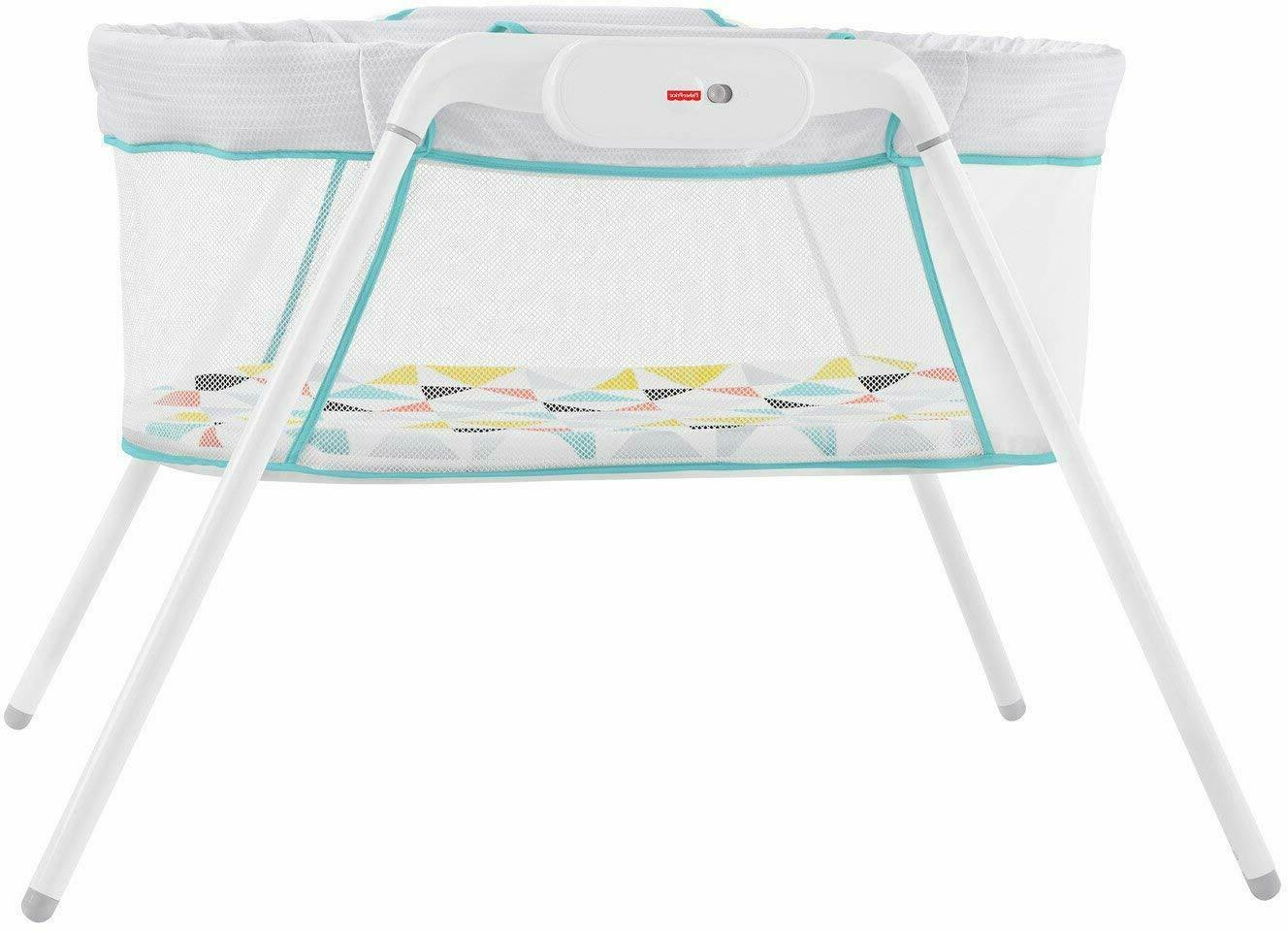 Fisher- Bassinet White