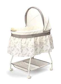 Delta Children Sweet Beginnings Bassinet Falling Leaves